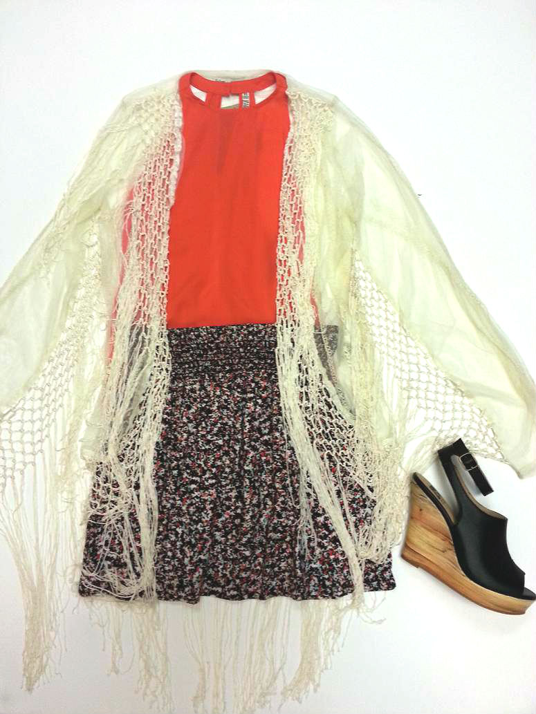 BB Dakota top; Vintage Havana fringe sheer coat; Splendid skirt; BC Minute by Minute wedge
